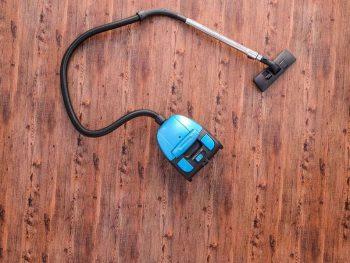 Best Vacuum For Hardwood Floors and Carpet