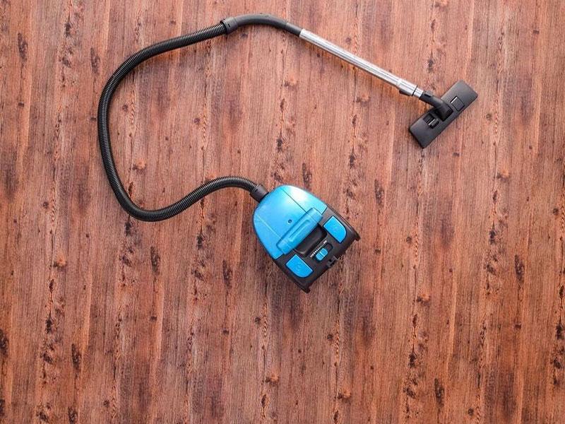 Top 15 Best Vacuum For Hardwood Floors And Carpet Reviews
