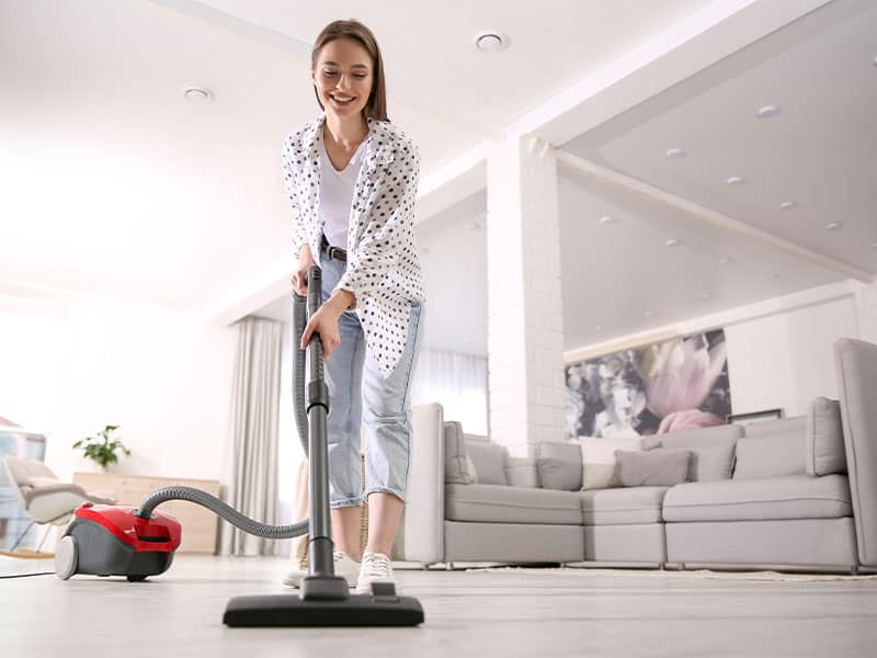 A vacuum cleaner can help collect dust and debris on the floor