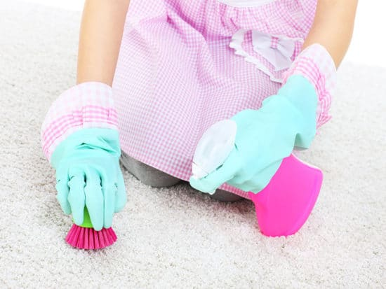 Cleaning stains on carpet