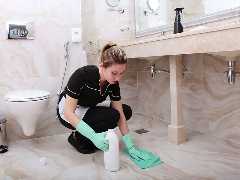 Should use a soft and dry cloth when removing stains on marble floors