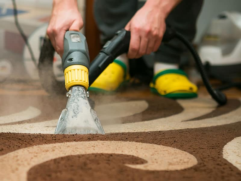 Cleaning Carpets with a Steam Vacuum