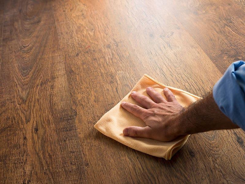 Cleaning Rubbing Hardwood Floor