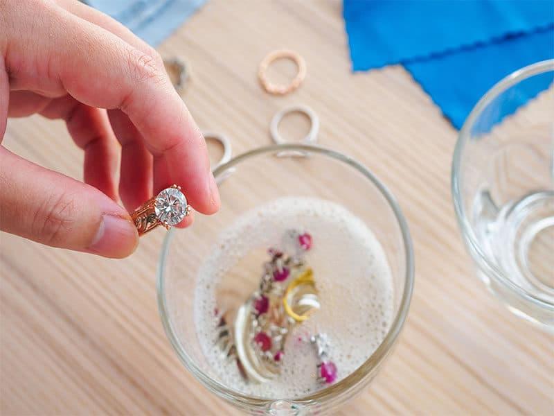 Cleaning Vintage Jewelry Diamond