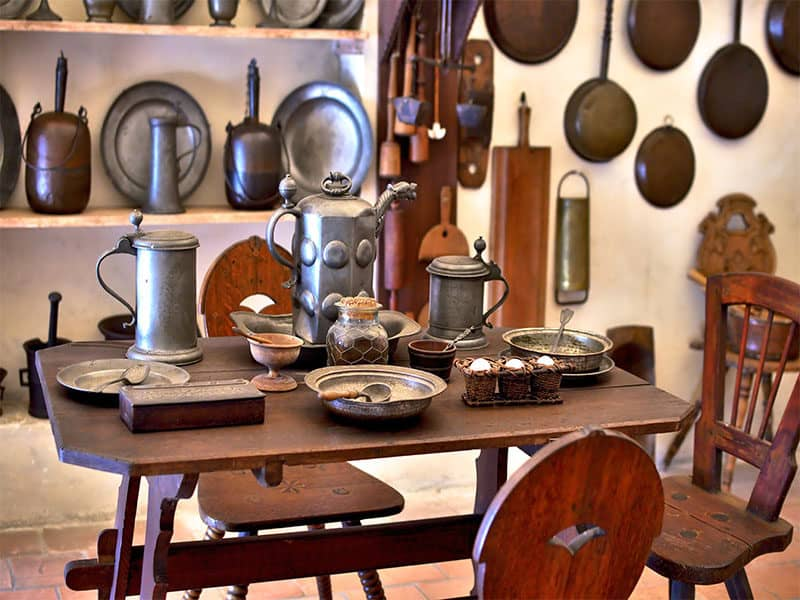 Kitchen Many Old Pewter