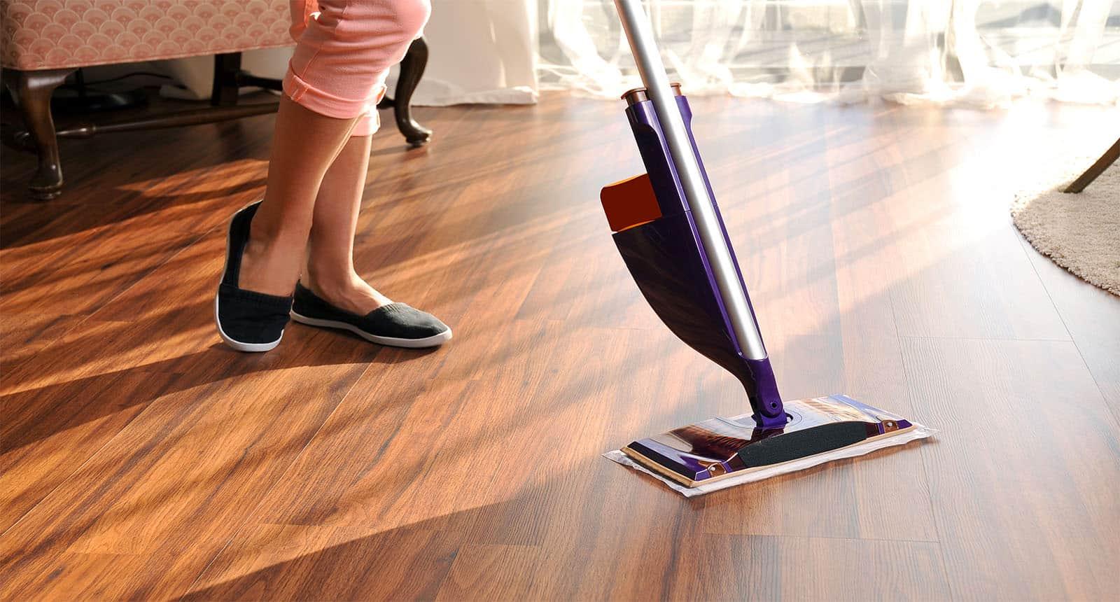 Cleaning Wooden Floor Dust