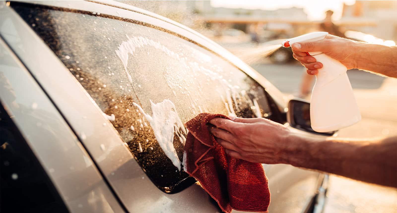 Tool Washing Windows Car