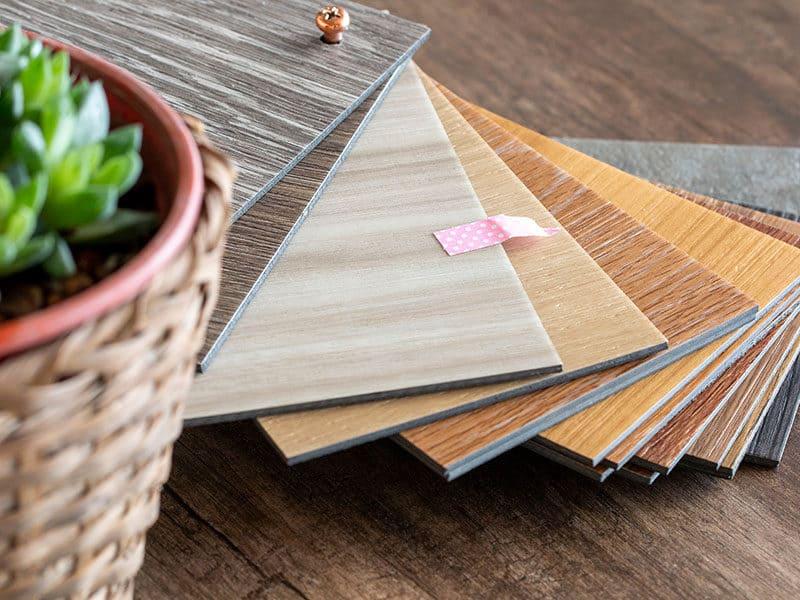 Clean Vinyl Plank Floorings