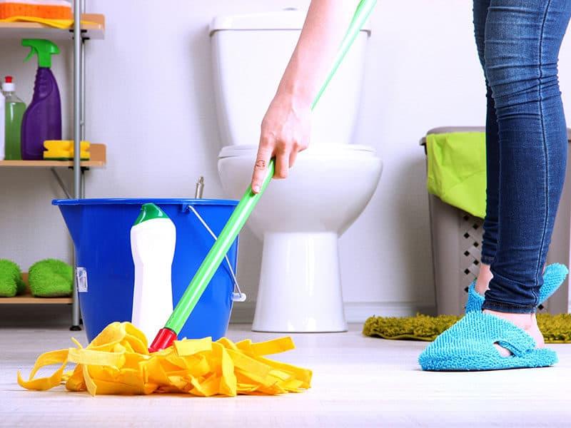 Cleaning floor room