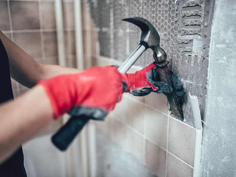 Removing Tiles With Chisel