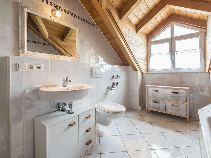 Bathroom Flat