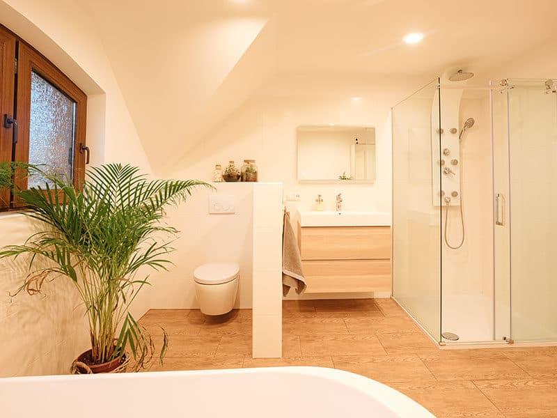 Wood Look Tiles Bathrooms