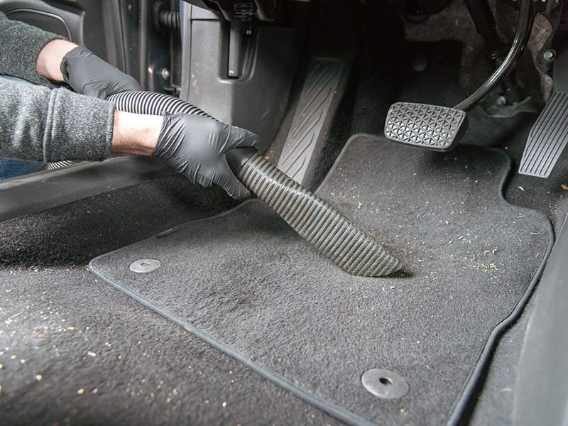 Cleaning Car Carpet Vacuum